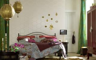 Кованые кровати в интерьере спальни фото