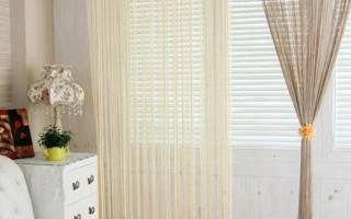 Нитяные шторы с бусинами в интерьере фото