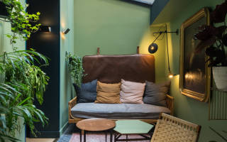 Спальня в оливковых тонах фото