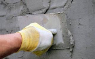 Как оштукатурить кирпичную стену?
